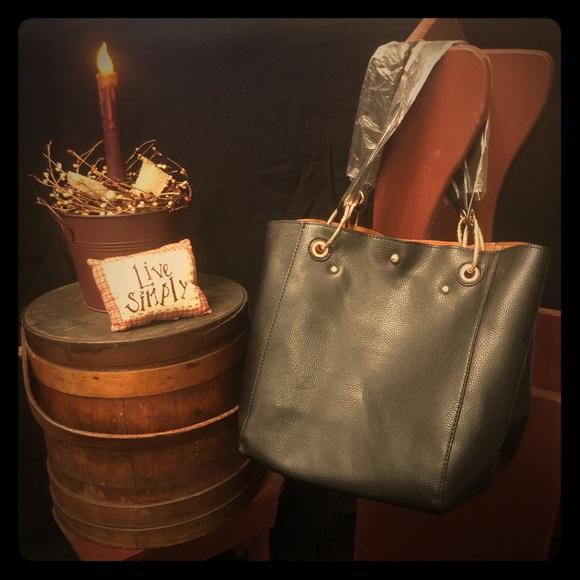 sqlp Handbags - Wide Vegan Tote Bag